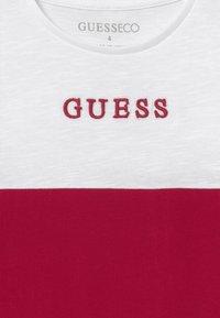 Guess - TODDLER - Jersey dress - disco pink - 3