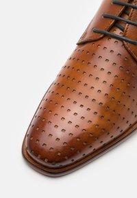 Bugatti - MANSUETO - Smart lace-ups - cognac - 5