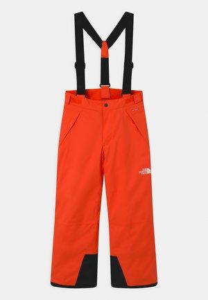SNOWQUEST SUSPENDER UNISEX - Pantaloni da neve - power orange