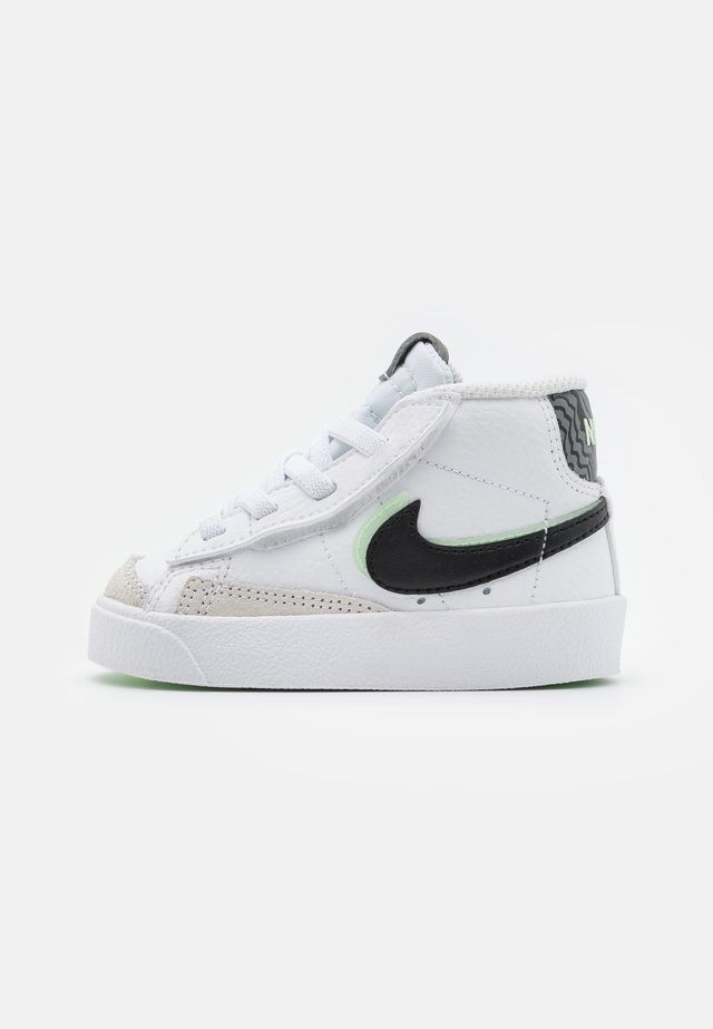 BLAZER MID '77 - High-top trainers - white/black/vapor green/smoke grey