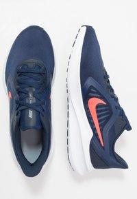 Nike Performance - DOWNSHIFTER 10 - Obuwie do biegania treningowe - midnight navy/laser crimson - 1