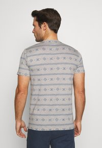 INDICODE JEANS - CANNES - T-shirt med print - grey - 2