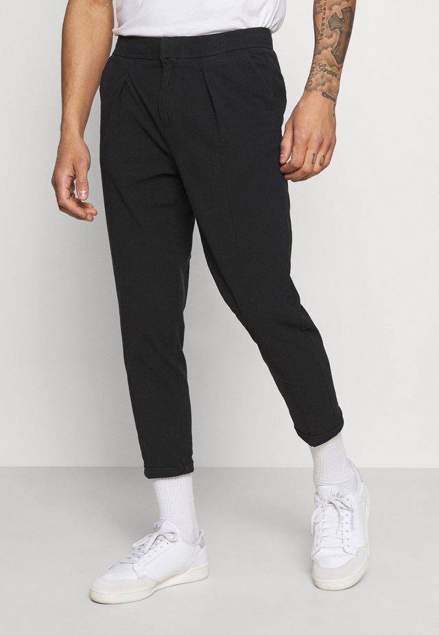 JOHNNY PANTS - Pantaloni - black