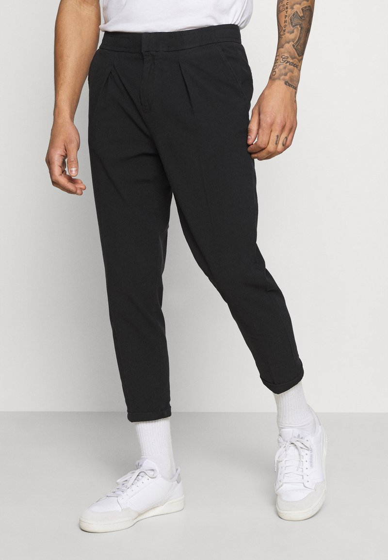 Redefined Rebel - JOHNNY PANTS - Trousers - black