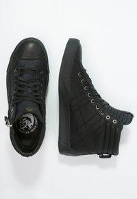 Diesel - D-STRING PLUS - Sneakers alte - black - 1
