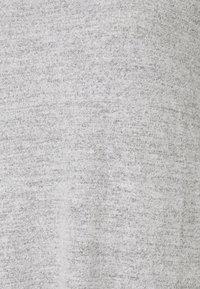 GAP Petite - TURTLENECK DRESS - Sukienka dzianinowa - light grey marle - 5
