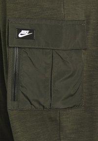 Nike Sportswear - Verryttelyhousut - khaki/black oxidized - 2