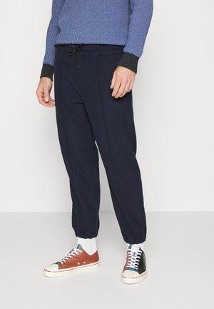 PINTUCK JOGGER - Pantaloni sportivi - navy