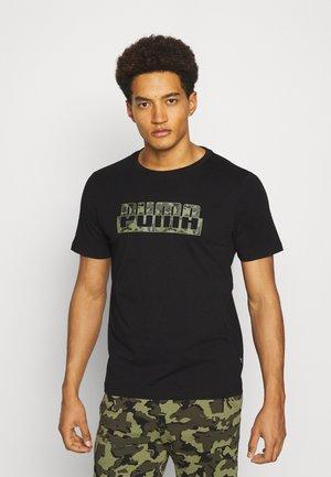 CORE CAMO GRAPHIC TEE - Print T-shirt - cotton black