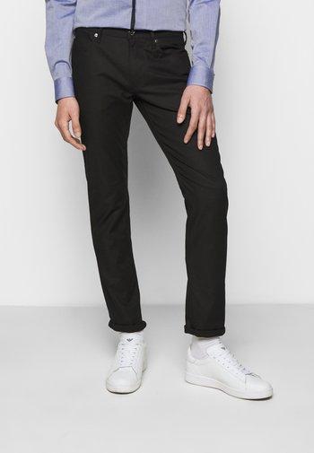 POCKETS PANT - Chino kalhoty - black