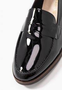 San Marina - MAIRESSE - Slippers - black - 2