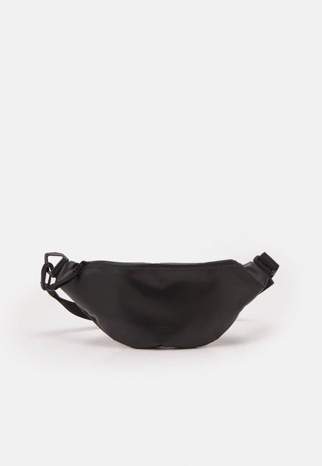 CROSSOVER BAG TOLJA UNISEX - Ledvinka - black