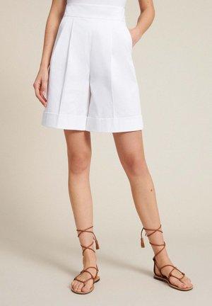 ARCA - Shorts - bianco