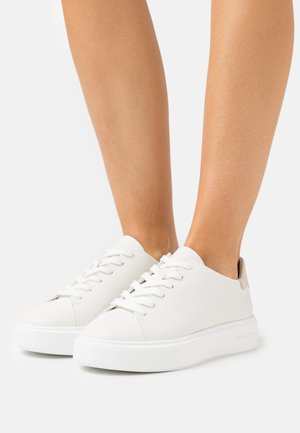 CORA - Sneaker low - white