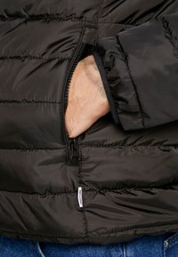 Only & Sons - ONSGEORGE QUILTED HOOD - Allvädersjacka - cloud dancer - 6