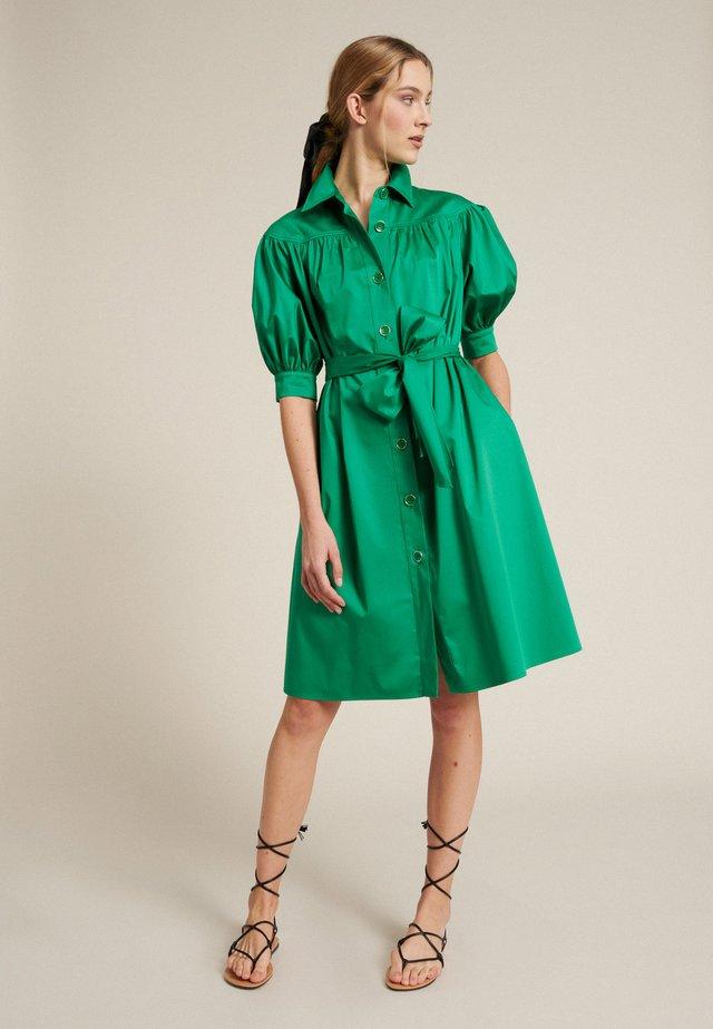 POGGIO - Skjortekjole - verde smeraldo