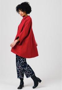 Solai - Short coat - fiery red - 2