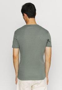 G-Star - BASE 2 PACK  - Basic T-shirt - light building - 2