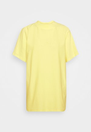 BROOKLYN - Print T-shirt - yellow iris