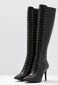 KIOMI - Botas con cordones - black - 4
