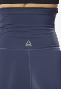 Reebok - YOGA LUX 2.0 MATERNITY TIGHTS - Tights - blue - 4