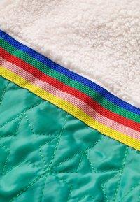 Boden - MIT WATTIERUNG - Winter coat - bunt, regenbogenfarben - 2
