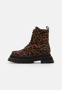Jeffrey Campbell - MECHANIC - Lace-up ankle boots - brown - 1