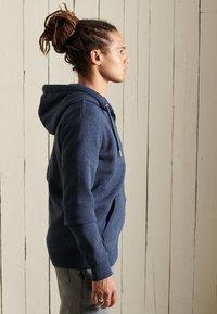 Superdry - VINTAGE LOGO EMBROIDERED - Zip-up sweatshirt - vintage navy marl - 2