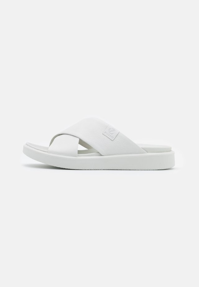 FLOWT  - Pantofle - white ovid