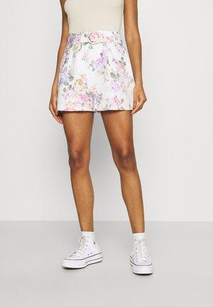 IMOGEN  - Shorts - vienna