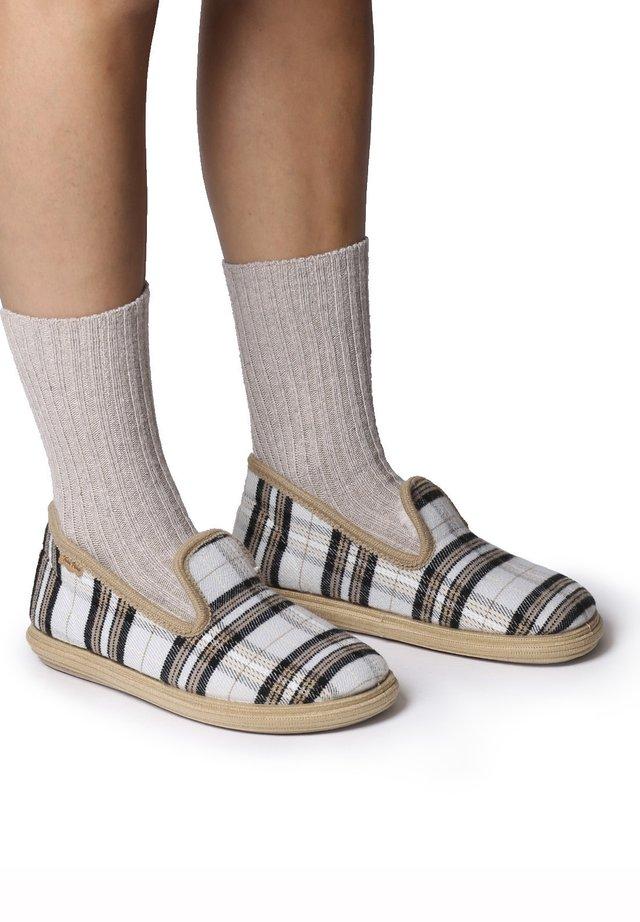 METZ-QD - Scarpe senza lacci - cru