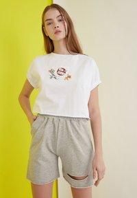 Trendyol - Shorts - grey - 0