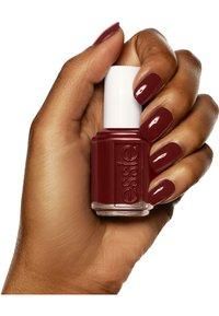 Essie - CLASSIC NAIL POLISH - Nail polish - berry naughty - 3