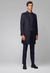 BOSS - SKILES 02 - Zip-up hoodie - dark blue - 1