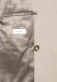 Isaac Dewhirst - UNISEX - Blazer jacket - beige - 5