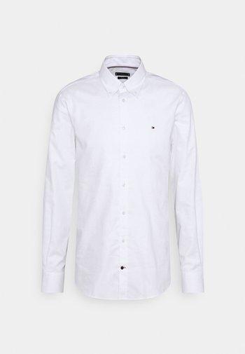 OXFORD SLIM FIT - Kauluspaita - white