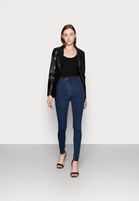 Missguided Tall - VICE HIGHWAISTED WITH BELT LOOPS - Jeans Skinny Fit - indigo - 1