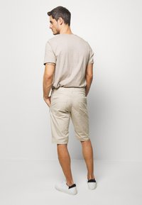 TOM TAILOR - Shorts - cashew beige - 2