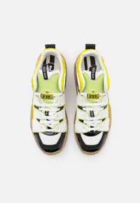 GCDS - RETRO - Trainers - white/beige/neon yellow - 3