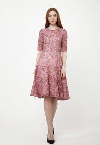 Madam-T - Cocktail dress / Party dress - rosa - 1