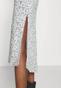 Abercrombie & Fitch - SLIP MIDI DRESS - Day dress - white - 5