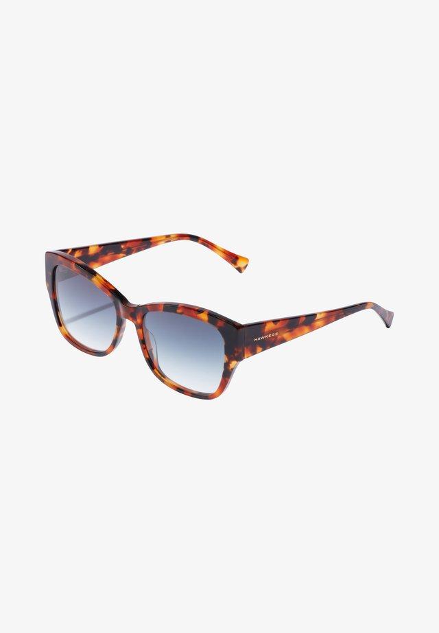 BHANU - Sunglasses - brown