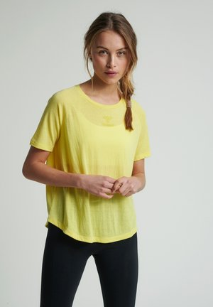 HMLVANJA - T-shirts basic - celandine