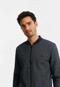 WE Fashion - Felpa aperta - greyish blue - 4