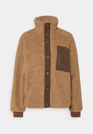CUTALLY TEDDY JACKET - Light jacket - tannin