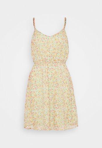 VMKAY SINGLET SHORT DRESS PETITE - Kjole - laurel green