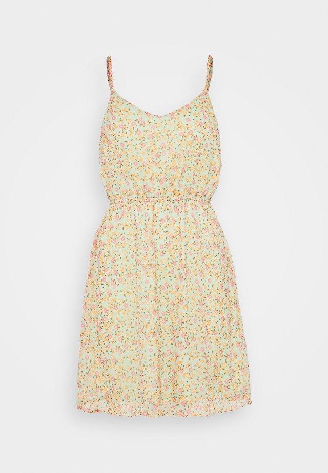 VMKAY SINGLET SHORT DRESS PETITE - Day dress - laurel green