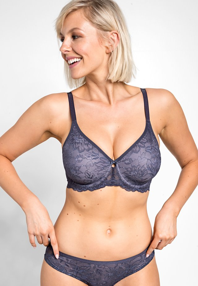 AMOURETTE CHARM - Triangel-BH - pebble grey