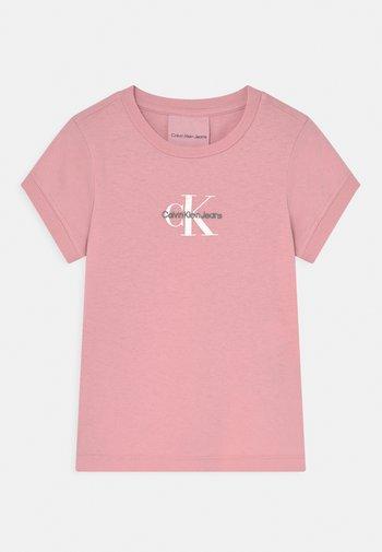 SLIM FIT TEE - Print T-shirt - light pink
