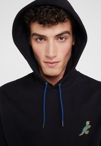 PS Paul Smith - HOODED DINO - Huppari - black - 5